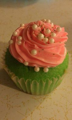 Pink and green cupcake w/ pearls