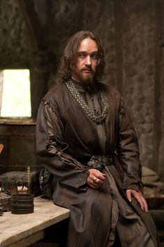 "Matthew Macfadyen in ""Robin Hood"" (2010). DIRECTOR: Ridley Scott."