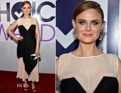 Emily Deschanel In Max Azria – 2014 People's Choice Awards