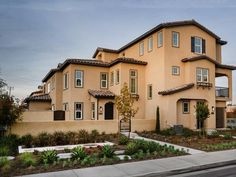 New Homes - Los Alamitos, CA, 90720 2 Beds 2 Full Baths, 1 Half Bath 1301 Sq.Ft.  Call or Text 714-660-1453