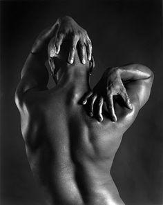 I grandi della Fotografia - Robert Mapplethorpe History Of Photography, Figure Photography, Nude Photography, Black And White Photography, Fine Art Photography, Amazing Photography, Portrait Photography, Photography Magazine, Henri Cartier Bresson