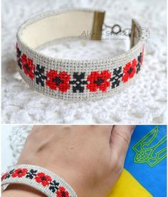 Bracelet Crafts, Beaded Bracelets, Christmas Craft Show, Craft Show Ideas, Fabric Jewelry, Leather Jewelry, Pattern Making, Cross Stitching, Hand Embroidery