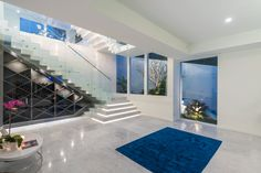 Azure house by Chris Clout Design – casalibrary Country Kitchen Lighting, Modern Kitchen Lighting, Kitchen Lighting Fixtures, Contemporary Beach House, Luxury Modern Homes, Modern Staircase, Modern House Plans, Modern Houses, Open Plan Living