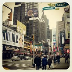 #New #York #Times #Square #Manhattan #Broadway #billboards #vibrant #busy #travel #visit #USA #country of the #week