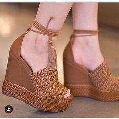 Skechers Go Walk 3 Womens Shoes Code: 1370111136 Hot Shoes, Crazy Shoes, Shoes Heels, Wedge Wedding Shoes, Beautiful Sandals, Black High Heels, Fashion Heels, Wedge Heels, Girls Shoes