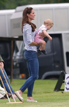 Kate Middleton and Prince George Photos - US Entertainment Best Pictures Of The Day - July 21, 2014 - Zimbio
