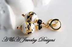 White and Black 24KT Gold Foil Venetian Bead Earrings by hhjewelrydesigns on Etsy