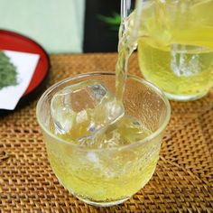 Green Tea http://www.womenshealthmag.com/weight-loss/weight-loss-smoothie-ingredients/green-tea