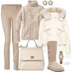 Lovin winter white ~ #nakedtoknockout looks...There's more at www.WendyLynOnline.com