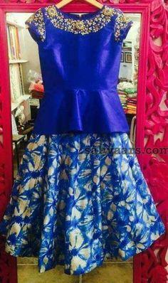 blue-fancy-blouse-and-kids-lehenga.jpg - blue-fancy-blouse-and-kids-lehenga. Kids Blouse Designs, Pattu Saree Blouse Designs, Kids Dress Wear, Kids Gown, Kids Frocks, Frocks For Girls, Crop Top Design, Baby Girl Dresses, Cute Dresses