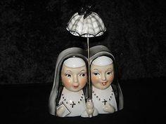 "RARE! Very Cute double umbrella  headvase nuns 5"" lady head vase Artmark (03/16/2014)"