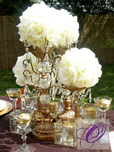 romantic tablescapes/LOve creamy flowers with GOLD