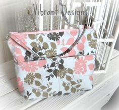 Free Cross-body Hipster Sewing Tutorial