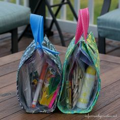 "Check out the busy bag free sewing tutorial. These ""busy bags"" are the perfect way to keep your kids occupied while at an. Easy Sewing Projects, Sewing Projects For Beginners, Sewing Hacks, Sewing Tutorials, Sewing Crafts, Sewing Patterns, Bag Tutorials, Sewing Tips, Tutorial Sewing"