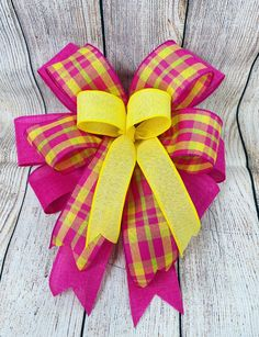 Themed Bow with Short Tails, Holiday Bow, Seasonal Bow, Short Tails 6-8 - Easter