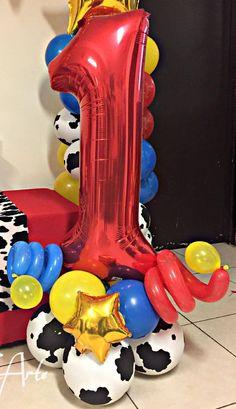 Baby Boy 1st Birthday Party, 2nd Birthday Party Themes, Birthday Balloon Decorations, Disney Birthday, Toy Story Birthday, 1st Boy Birthday, Birthday Balloons, Birthday Ideas, Toy Story Theme