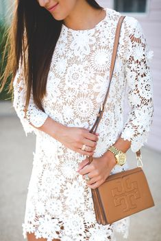 tiered shift dress, white lace dress, summer white dress, summer fashion // @asoutherndrawl
