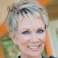 60 Gorgeous Hairstyles For Women Over 50 - 4 - AlphaCute Short Haircuts Over 50, Short Hairstyles For Thick Hair, Short Grey Hair, Mom Hairstyles, Haircut For Thick Hair, Short Pixie Haircuts, Short Hairstyles For Women, Short Hair Styles, Gorgeous Hairstyles