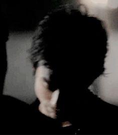 Ian Somerhalder as Damon Salvatore ❤❤❤ Damon Salvatore Vampire Diaries, Ian Somerhalder Vampire Diaries, Vampire Diaries The Originals, Borderlands Art, Vampire Boy, Vampire Diaries Memes, Hello Brother, Vampire Dairies, Delena