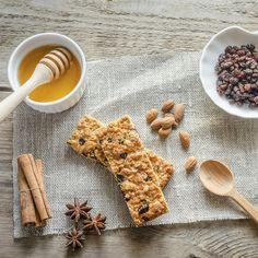 Deliciosas e práticas,nada melhor do que fazeras suas barras de cereaisem casa. Descubra as melhores barras de cereais Bimby.