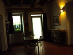 """""""Destinazione Italia"""" Travel Point dell'AmbaStore di """"Assaggia l'Italia"""" OPERA THATRE OF FLORENCE, 60 square meters flat, independent access, ground floor, 1 double bedroom, 1 single bedroom, 6 places, 300m from new Opera Theatre of Florence and Cascine Park, 15 min walk from Via Tornabuoni  and Piazza S.Spirito. Excellent transports links, near shops. € 400 a week, € 1200 a month (bills included) possibility of longer staying at lower rates. Contacts: mabbella@libero.it - mob ph…"""