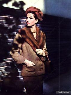 Maggy Rouff 1959 Rodier, col vison, Sac et gants Hermès