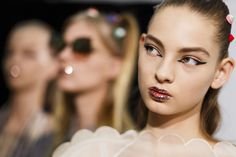 K'Mich Weddings: Makeup trend 2017- Fendi- Glitter lips teamed with bold graphic eyeliner.