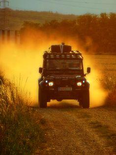 Land Rover Defender 110 Td5 Sw Se Camper Adventure sports OFF ROAD - Red Sand; Defender in Action.