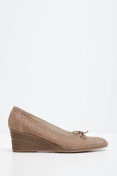 Venda Carel / 27729 / Sapatos de salto e sandálias / Salto com menos de 6 cm…