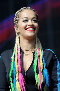 Rita ora Rita Ora, Funky Hairstyles, Braided Hairstyles, Warm And Cool Colors, Boxer Braids, Festival Hair, Full Hair, Your Hair, Hair Makeup