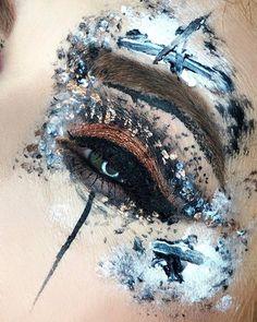 "Mehron Makeup Official (@mehronmakeup) on Instagram: ""Eye Art by @aliciadangelomua ・・・ #Repost @aliciadangelomua  Chaotic mess is turning into a theme…"""