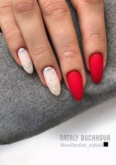 Red Nail Art, Red Acrylic Nails, Matte Nails, Cool Nail Art, Red Nails, Red Nail Designs, Acrylic Nail Designs, New Year's Nails, Formal Nails