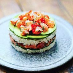 Sushi burger寿司バーガー - December 10 2018 at - Foods and Inspiration - Yummy Sweet Meals - Comfort Foods Recipe Ideas - And Kitchen Motivation - Delicious Cakes - Food Addiction Pictures - Decadent Lifestyle Choices Sushi Burger, Seafood Recipes, Cooking Recipes, Sushi Cake, Asian Recipes, Healthy Recipes, Weird Food, Crazy Food, Food Presentation