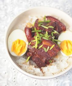Japanese Braised Pork Belly (Buta no Kakuni) Stolen Recipe, Cooking Jasmine Rice, Braised Pork Belly, Pork Belly Recipes, Healthy Slow Cooker, Food Concept, Cooking Equipment, Asian Cooking, Spring Recipes