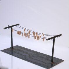 Mini Clothesline Old Fashioned Steel Jewelry Display por grafix