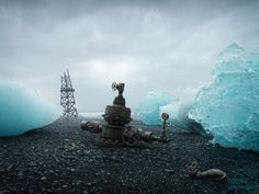 Manic Manipulations by Christophe Huet - Pondly