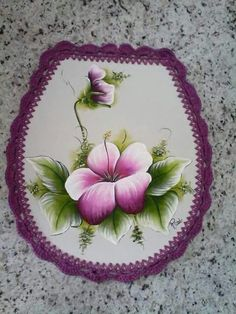 Pintura                                                                                                                                                                                 Mais #pinturaentela One Stroke Painting, Tole Painting, Fabric Painting, Painted Rocks, Hand Painted, Fabric Paint Designs, Color Magic, Flower Art, Embroidery Designs