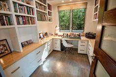 Seja qual for o seu estilo, se você trabalha em casa, deve ter um lugar confortável e funcional pra trabalhar. Confira alguns exemplos de home office!