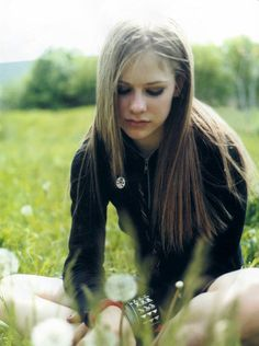 Chart Magazine (Set 1) - avril lavigne 16 - AvrilPix Gallery - The best image, picture and photo gallery about Avril Lavigne - AvrilSpain.Com