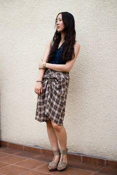 DIY - Mens shirt as a skirt by apair-andaspare: Drape, twist and tie!  #DIY #Shirt_to_Skirt #apairandaspare