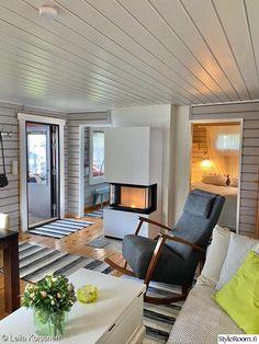 Black House, Country Decor, Cottage, Patio, Mirror, Furniture, Design, Home Decor, Houses