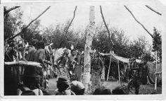 File:Fort Hall Reservation. Shoshone Indian Sun Dance - NARA - 298649.jpg
