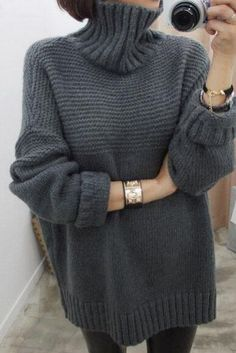 Solid color side high neck loose sweater sweater knitted ideas Solid color side split high neck loose pullover sweater, Record of Kni. Pullover Outfit, Pullover Sweaters, Pullover Pullover, Fall Outfits, Fashion Outfits, Fashion 2015, Rainbow Crochet, Loose Sweater, Ladies Dress Design
