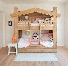 Pakket-aanbieding Hooihuys meisjes? De leukste Kinderbedden voor de kinderkamer bij Saartje Prum.