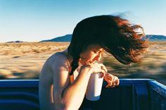 A poesia visual de Ryan McGinley Spencer Tunick, Poesia Visual, Larry Clark, Smells Like Teen Spirit, Sofia Coppola, Iconic Photos, Nice Photos, Space Gallery, Pause