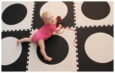 SoftTiles Black and White Die-Cut Circles Play Mat