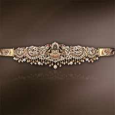 Lakshmi Bajuband/Armlet Very pretty, love it. Indian Wedding Jewelry, Bridal Jewelry, Jewelry Gifts, Gold Temple Jewellery, India Jewelry, Vaddanam Designs, Waist Jewelry, Jewelry Design Earrings, Jewelry Patterns