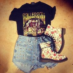 outfit idea Dr. Martens, Combat Boots, My Style, Outfits, Shoes, Fashion, Moda, Suits, Zapatos