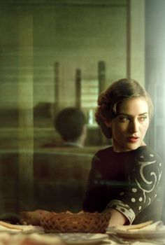 KATE WINSLET > in Mildred Pierce just saw this five part series loved it, took place in the fourty's , the cars, the fashions, the architect design, simply beautiful! Of course she is also in the Titanic