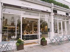 A great place to shop for organic, fresh produce: Daylesford Farmshop & Cafe in Notting Hill.
